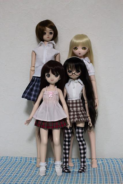 左奥:ボークスDD、右奥:リビドール、左手前:アルテトキオ40cm、右手前:ボークスMDD